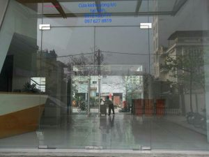 cửa kính thủy lực ở vinh nghệ an