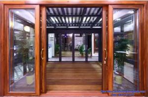 cửa kính khung gỗ ở vinh